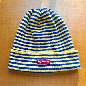 AUTHENTIC Supreme beanie